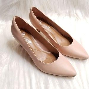 Clarks Blush Pink Heels NWOT
